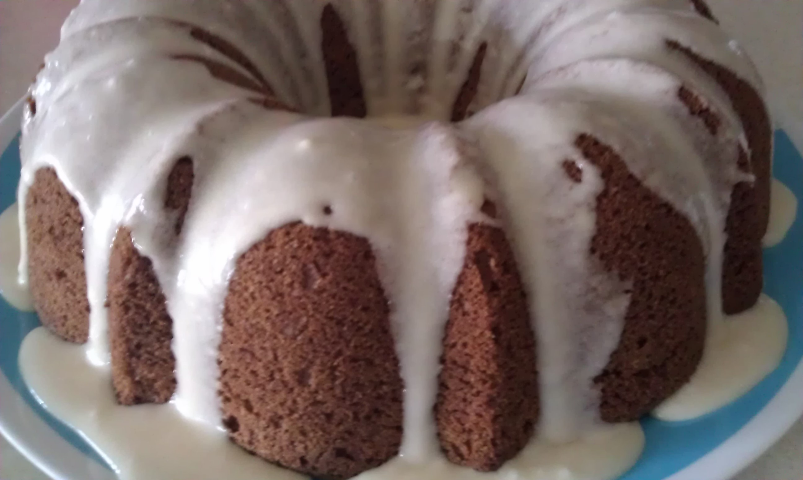 Baileys Irish Cream Spice Cake with Baileys and Coffee Glaze | Ebrogue